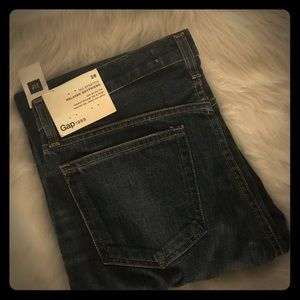 GAP relaxed boyfriend jean